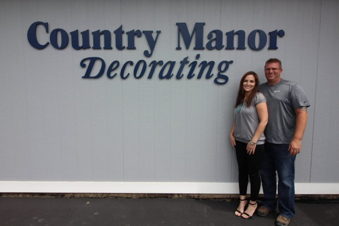 Country manor decorating storefront | Country Manor Decorating